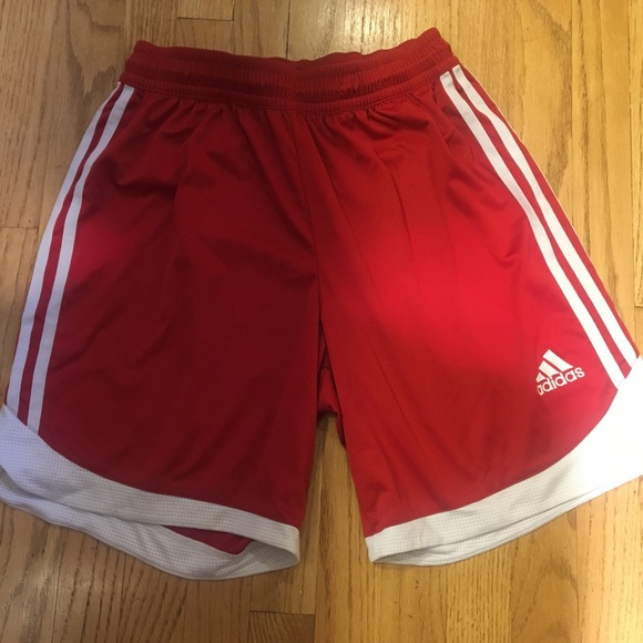 553bf1ea6e1e6 Adidas soccer shorts Men's Large